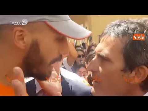 No Vax contro i deputati PD che escono dalla Camera