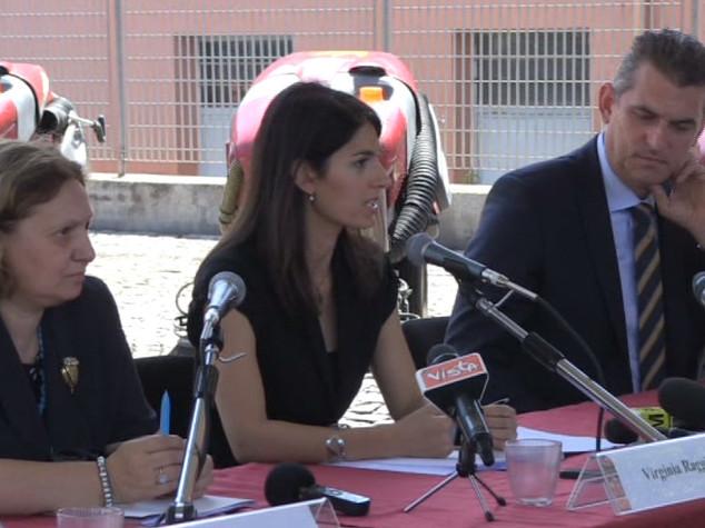 """Raggi : """"Sporcizia di Roma è anche un problema culturale dei cittadini"""""""