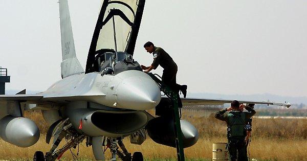 Libia, guerra in pochi minuti. Il piano del governo: così risponderemo al fuoco