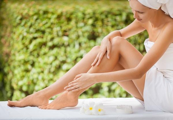Pelle secca gambe, 4 cause più frequenti