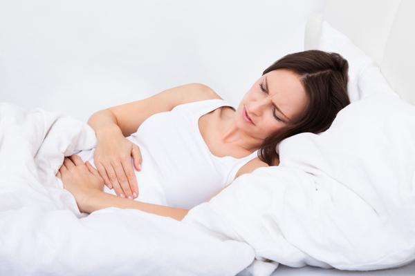Mal di pancia, i rimedi naturali più efficaci
