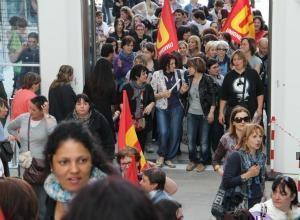 """Bologna, non c'è tempo per la fondazione:  350 maestre in """"appalto"""""""