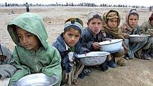 Un regalo di Natale per aiutare i bambini poveri di tutto il mondo. Ecco come fare