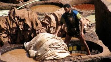 """India, """"Abiti puliti: Guarda dove metti i piedi"""", rapporto sulle concerie della pelle"""