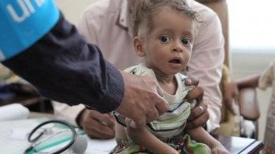 Yemen, il blocco saudita delle merci: più di otto milioni di persone rischiano di morire di fame
