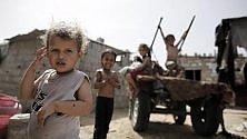 """""""Mettiamocelo in testa"""": 3,5 milioni di bambini rifugiati non vanno a scuola"""