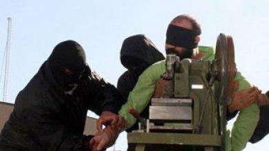 Iran, amputata la mano a un ladro: nel 2017 altre decine di esecuzioni identiche