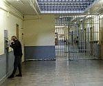 """Carceri, telefoni fissi nelle celle delle prigioni francesi: la """"rivoluzione"""" di Macron"""