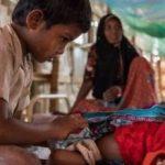 Quel bambino e la sorellina neonata: in una foto il dramma Rohingya