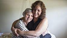 Usa, pazienti con demenza senile sedati con antipsicotici: lo scandalo nelle case di cura