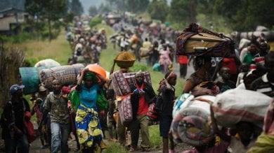 Uganda: epidemia di colera nei campi profughi con decine di migliaia di persone in fuga dal Congo