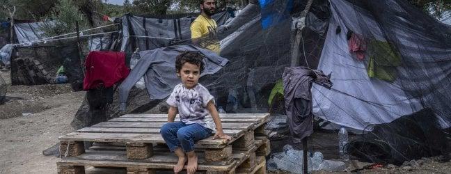 """Grecia, Lesbo, """"Il governo greco nega cure essenziali a bambini gravemente malati"""""""